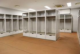 選手ロッカー室