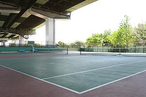 南港中央庭球場